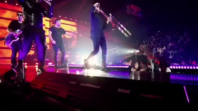 Tonight, Madison Square Garden #NYC! Next week #Miami.  What an amazing tour it has been. THANK YOU mi gente! #enriquerickytour #enriquerickyyatra  🎥: #danielavesco