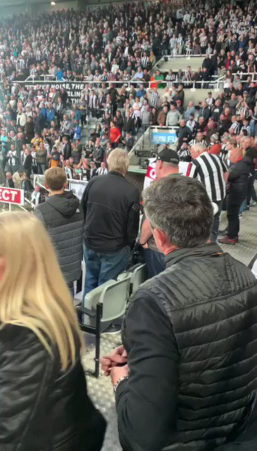This is the moment the man who ran to save the Newcastle supporter's life yesterday, returned to his seat 👏