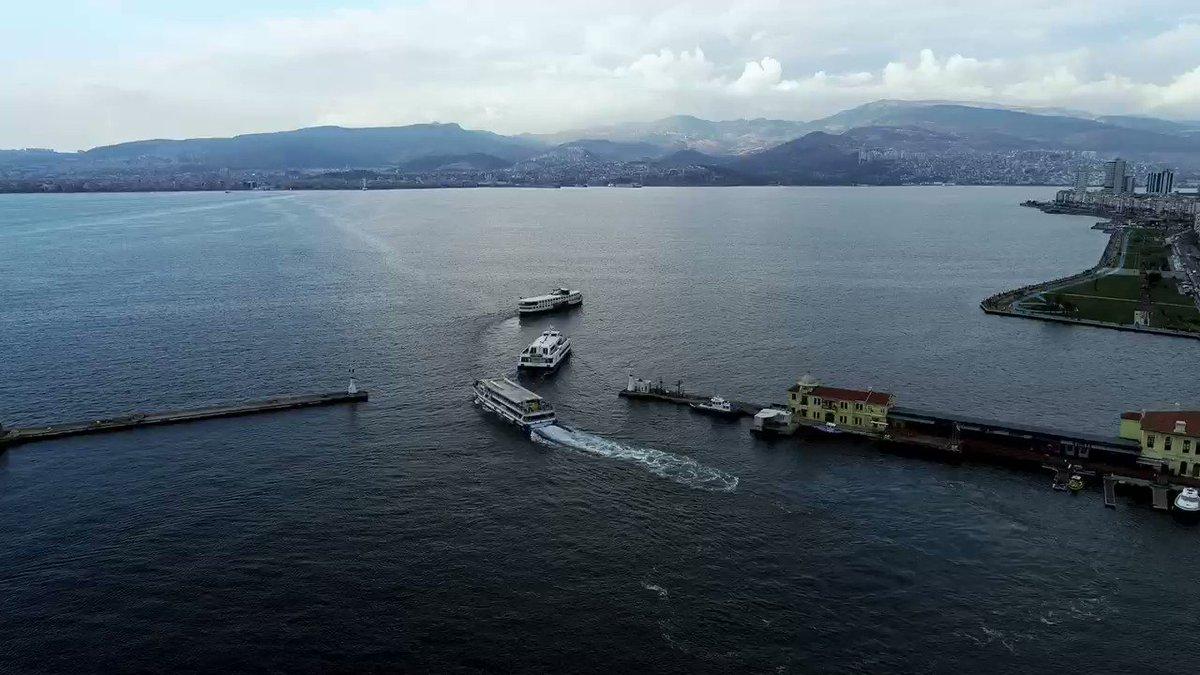 Image for the Tweet beginning: Yelkenlilerin denizde kuğu gibi salındığı