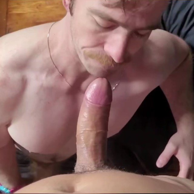 Like/RT if you'd get all droolingly sloppy tasting @MateoNYCX's big, tasty, pre cum covered cock 🤤🐷
