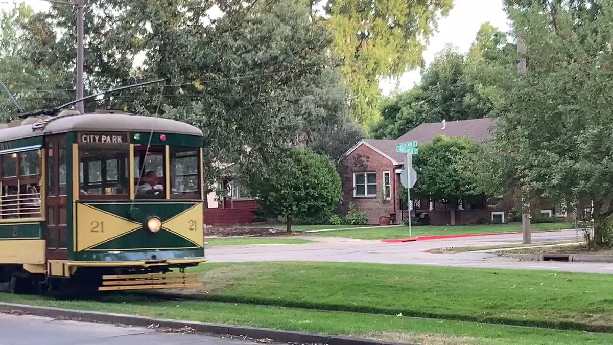 I love how everyone waves when they see a camera. I think that wave means that they're having fun! 😊 #FortCollinsTrolley #streetcar #trolley #thingstodo #waving