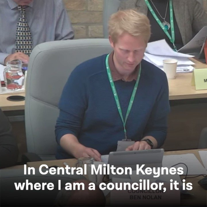"""""""They have bought a flat in good faith, they have done everything right, but they have later found out that it is not up to safety standards.""""  At last night's Full Council, we re-committed to doing all we can to support residents caught up in the shameful cladding scandal 👇"""
