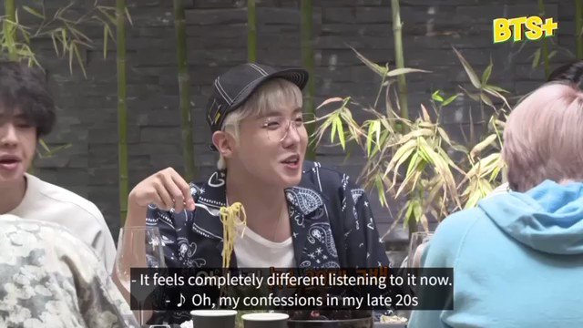 """hobi's reaction when jungkook started rapping """"go back"""" by dynamic duo😭"""
