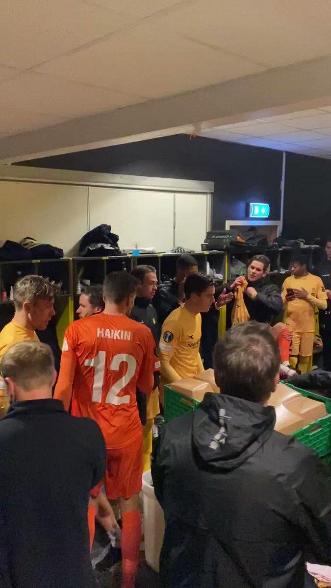 Image for the Tweet beginning: 🥳 Celebración Bodø/Glimt tras el