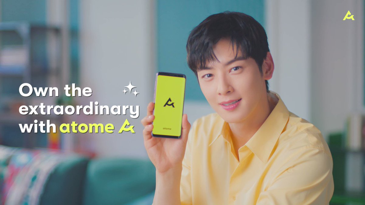 Kickstarting #FriYAY with @offclASTRO ✨😜 We're giving out Atome wireless chargers over at @atome.sg on Instagram! Follow us & participate now: instagram.com/atome.sg/