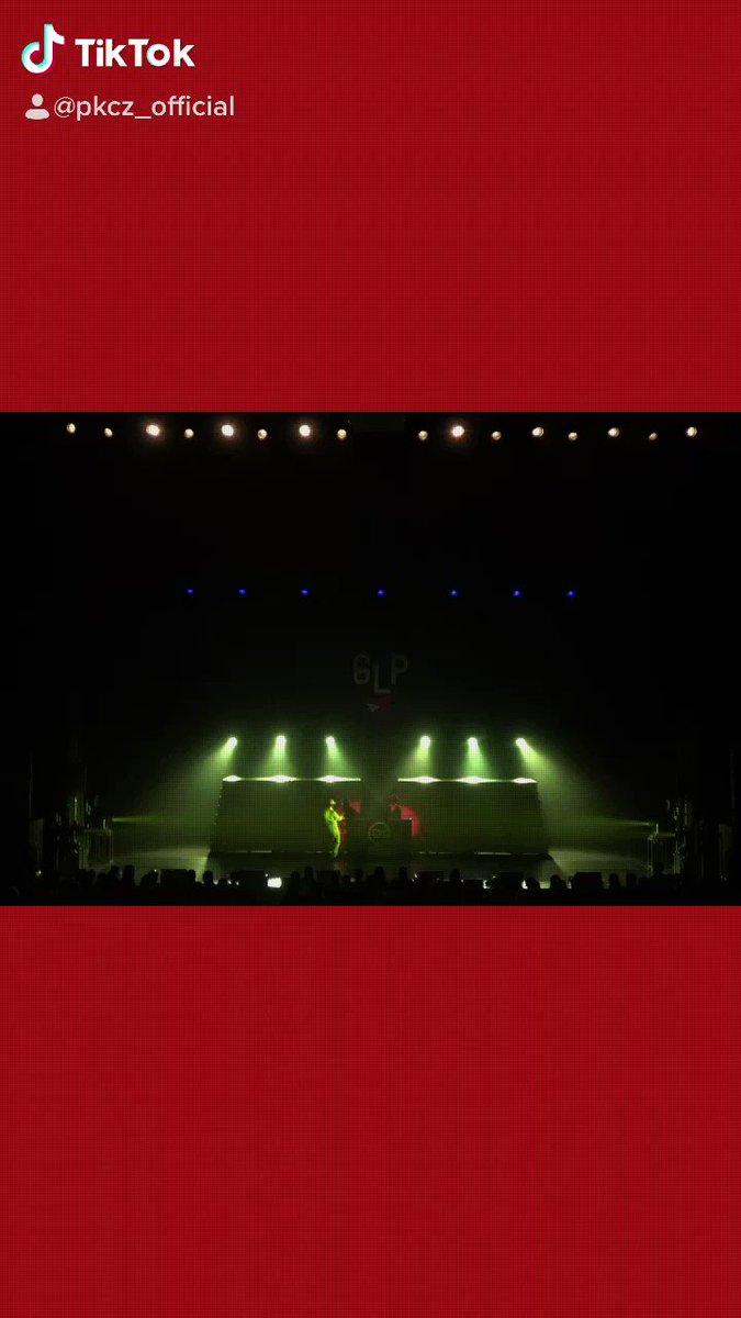 "PKCZ® / 煩悩解放運動 (REO REMIX)実はライブ中にDJブースの中で""広島お好み焼き""を焼いていました😋🤫🤫🤫🤫#PKCZ #煩悩解放運動 #GLP #広島公演 #お好み焼き #DJ #DJBOOTH #goprojp"