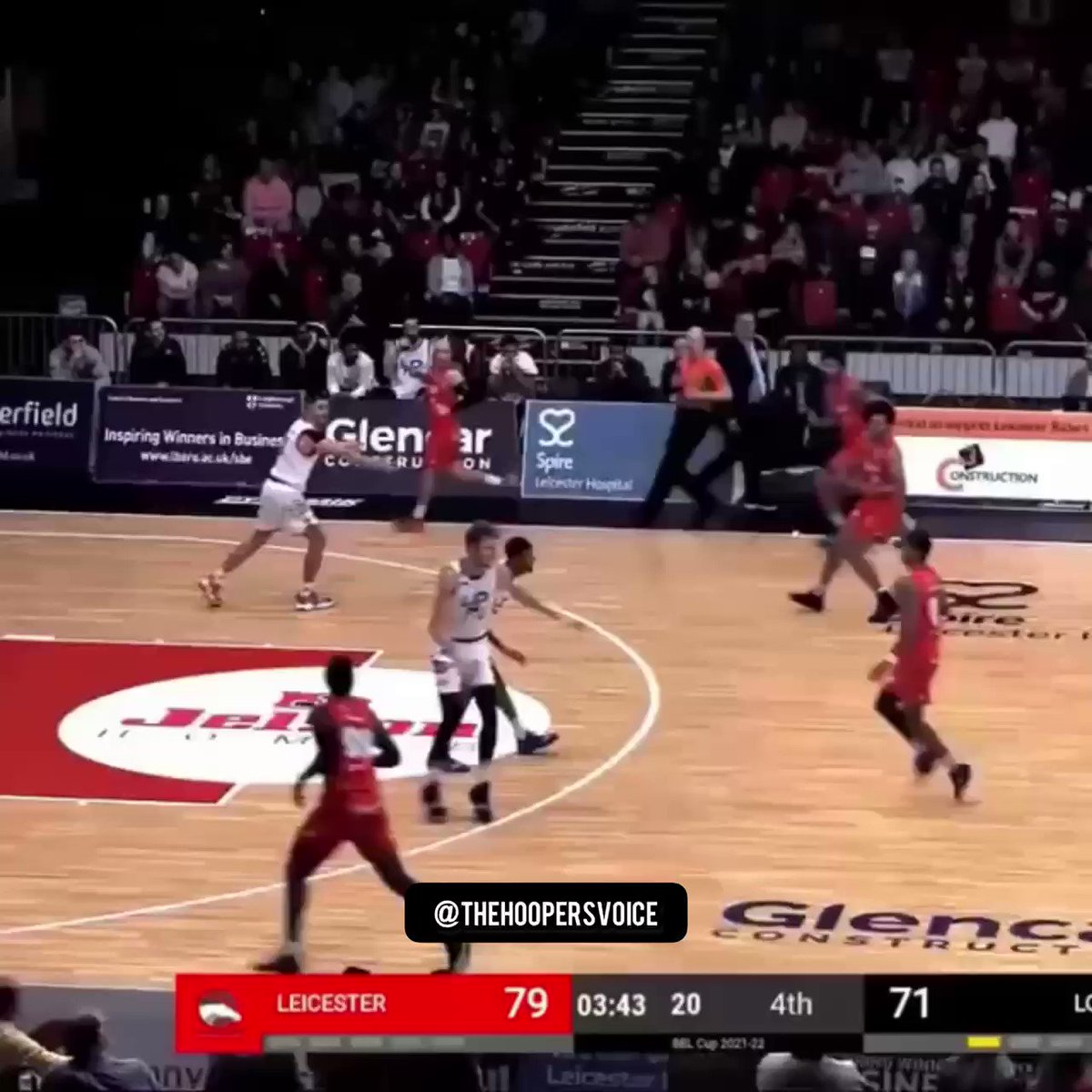 Zach Jackson (@Zach_Jackson15) got a 2for1 on bodies in this poster against London 😤🤯🔥 #TheHoopersVoice #VideoGameNice #BritishBasketball   Follow @thehoopersvoice for more hoops content! 📲🏀🔥