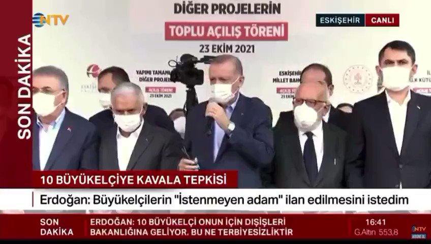 Erdoğan yardım isteyen yurttaşı duymamazlıktan geldi | AKP'li Cumhurbaşkanı Erdoğan'ın Eskişehir'de katıldığı açılış töreni sırasında bir yurttaş evinin yandığını ve kimsesinin olmadığını belirterek yardım istedi. Erdoğan yurttaşı duymamazlıktan gelerek açılışa devam etti.