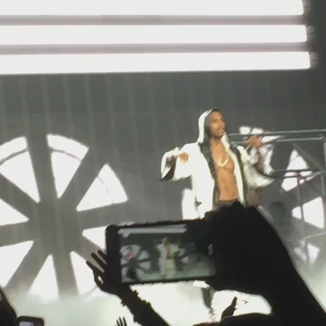 More Footage #BTSTour #treysongz ❤️ http://t.co/ExOxYlWQ8Z
