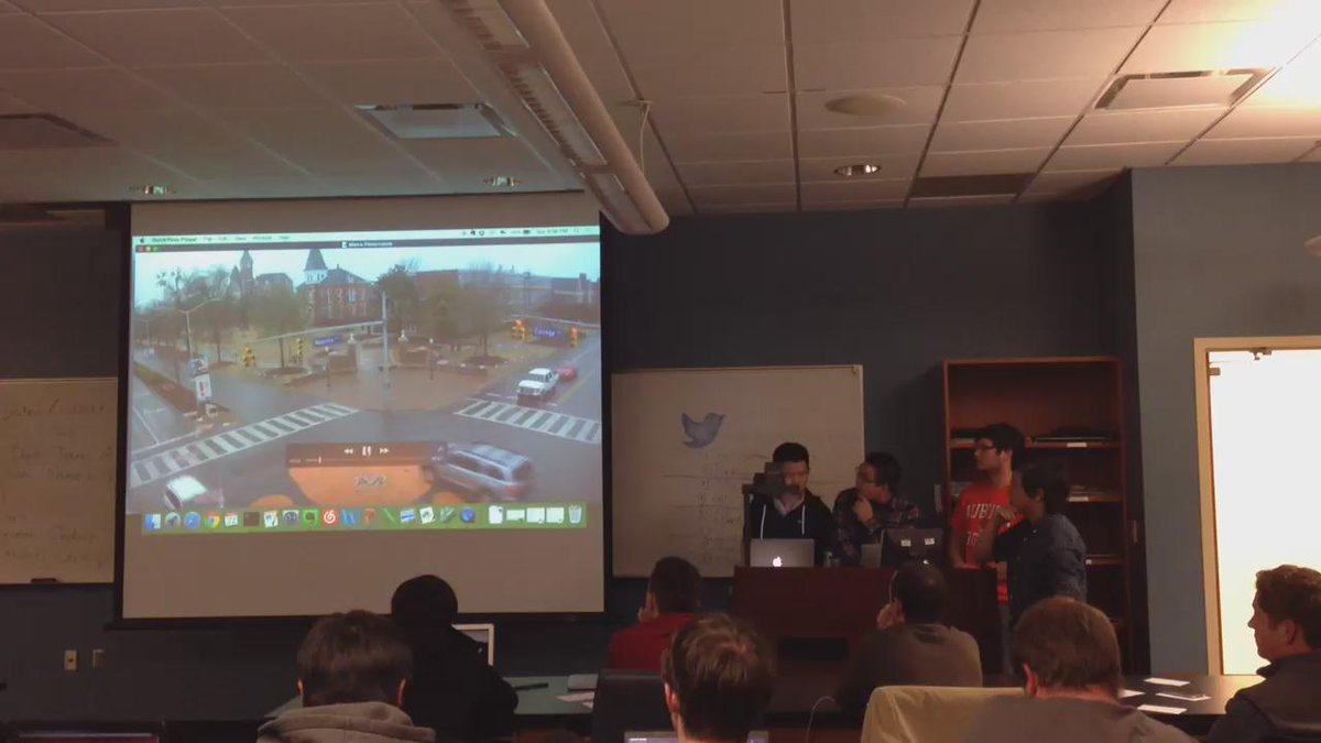 Resistars app shows downtown traffic based on car movement detected by a city web cam #SmartCityHack #alhack http://t.co/6yDqDV6Lsu