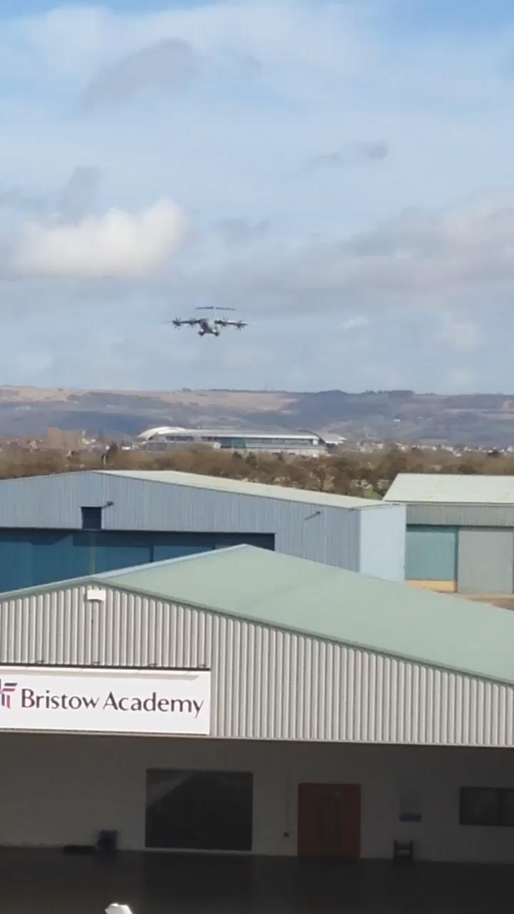 """""""@GlosAirport: @carolvorders bringing it to us for circuits? We just had the A400M http://t.co/Pja0AbrTto"""" lovely"""