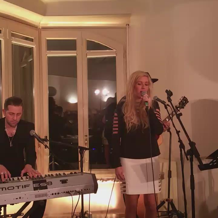 #EllieGoulding #elliegouldingcometobrazil #50sfumaturedigrigio #live #MWC15 http://t.co/cxdk4XgpbH
