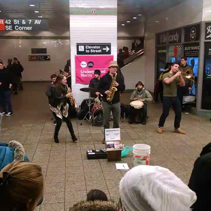 love this...#nyc  . http://t.co/QeSIaeQEJI