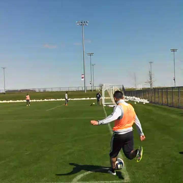 Outside of the foot. From the corner. Nothing but net. @DiegoFagundez14 #NERevs http://t.co/cpz6pOWKvY