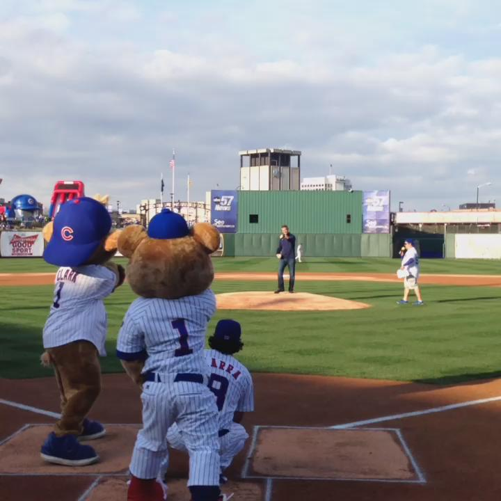 Column: Theo Epstein's dog, who allegedly has a peeing problem, deserves another chance
