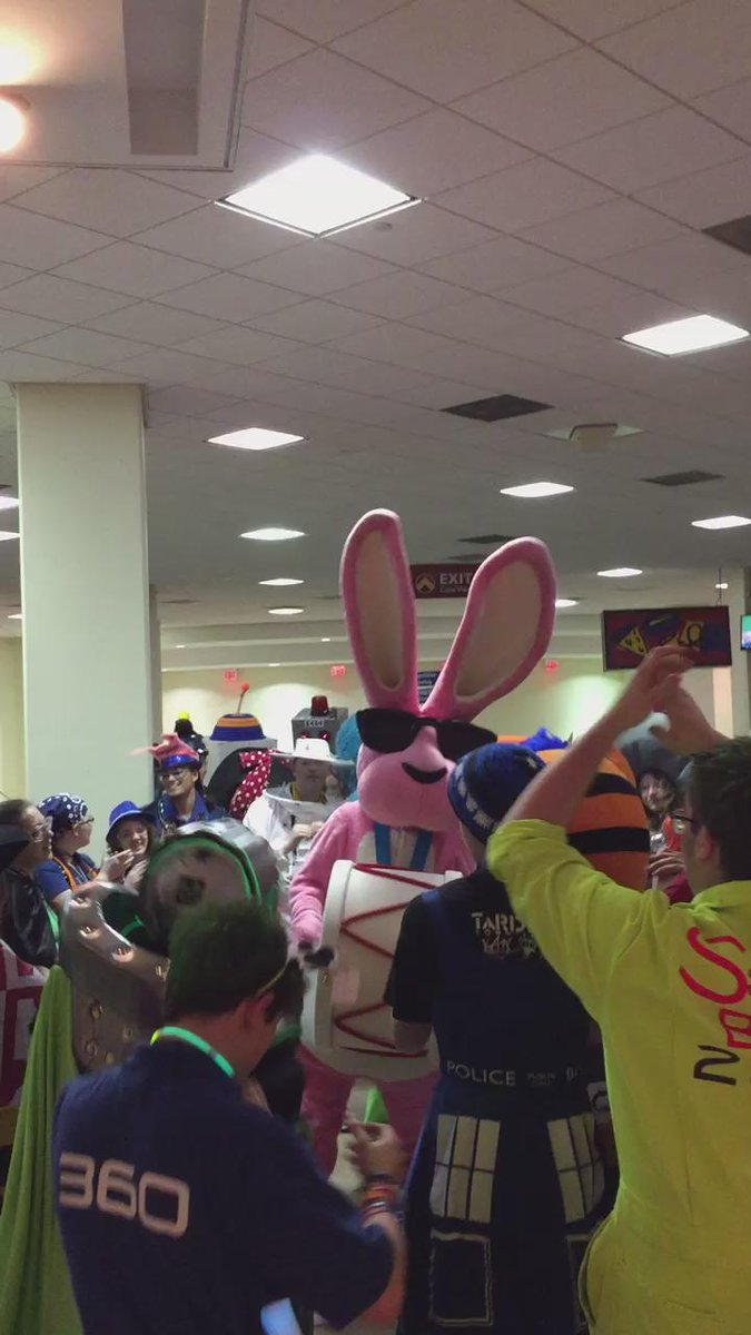 The Energizer Bunny had a blast drumming up the energy w/ his fellow @FIRSTweets mascots #morethanrobots #FIRSTChamp http://t.co/cPdRaSSiGS