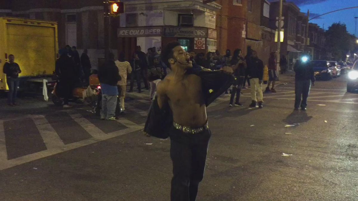 Michael Jackson question. Many ask where MJ music was coming from during protest. Answer. VIDEO #BaltimoreRiots http://t.co/0z5yZGfXbN