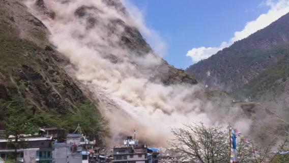 Here's a video we have just received from @redcrosscanada near Dhunche, #Nepal, after today's #NepalQuake. http://t.co/R82VlU4PLs