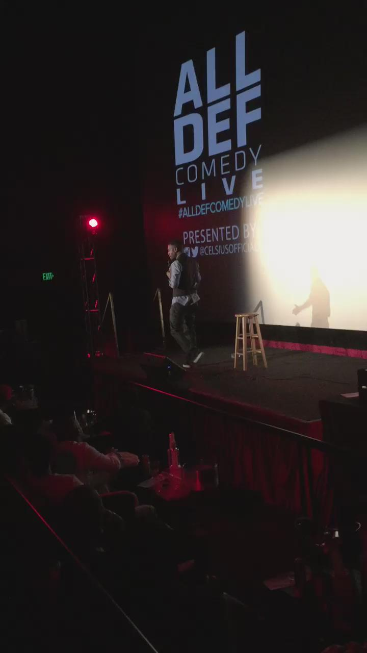 .@BILLBELLAMY is too funny right now at #AllDefComedyLive @CelsiusOfficial @AllDefDigital http://t.co/0ZUhr5C0Bw