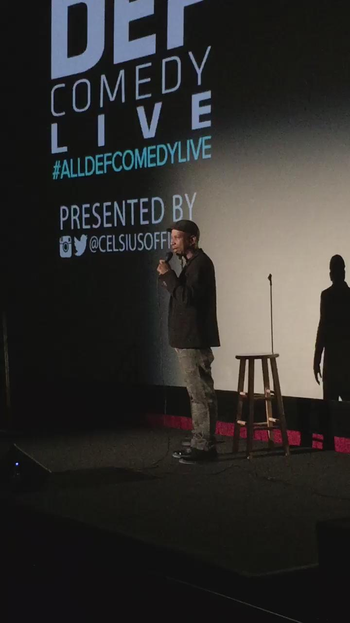 RT @AllDefDigital: .@JayPhillipsLive reminiscing on visiting his parents house over the weekend. @CelsiusOfficial #AllDefComedyLive http://…