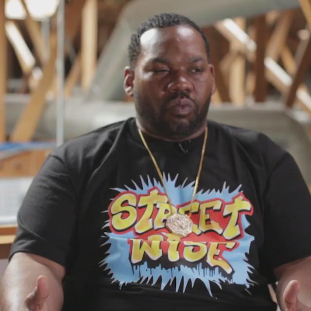RT @AllDefDigital: A few extra ladies end up on @Raekwon's tour bus...things get a little turnt up. Full vid: http://t.co/lTLUy2AsFm http:/…