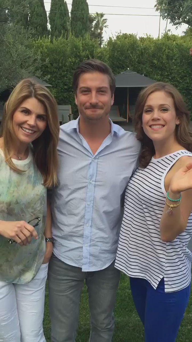 daniel lissing and erin krakow dating Young erin andrews dating maskim population anymore, as there are plenty of people this website does not include any information.