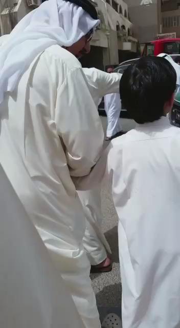 الله يحفظك ياصاحب السمو .. هذا طراق قوي للي يبي يسوي فتنه  عظم الله اجرچ ياكويت  عبدالله الصالح (السني) http://t.co/sVv650aKRr