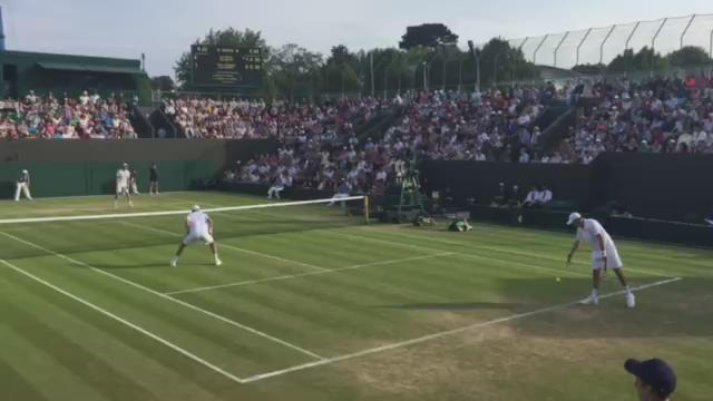 Oopsie daisy. #talksmackandyougetwhacked #wimbledon http://t.co/2kgOWSWYVK