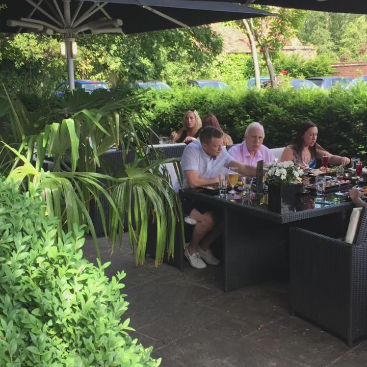 RT @SheeshChigwell: Saturday Afternoon  #SheeshChigwell ... http://t.co/hA7iFNtT2C