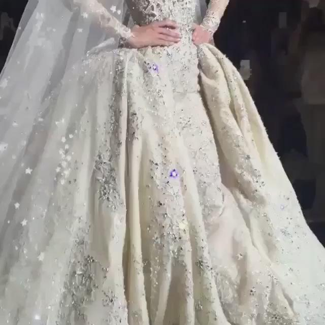 WEDDING ROYALE @ZMURADofficial's Grand #Hautecouture #AW16   #PARIS #MODEDIPLOMATIQUE http://t.co/1bX4BBVJAZ