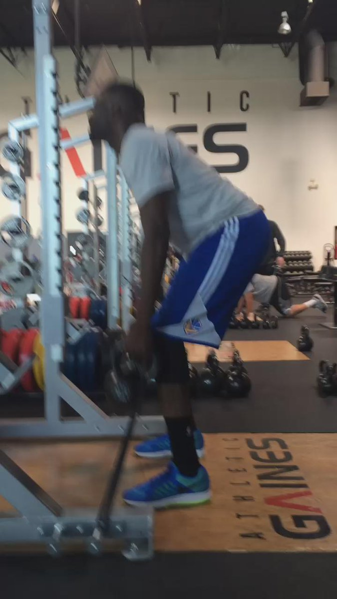 Great work today with @Money23Green #NBAChamps #TheSeasonFavorsThePrepared http://t.co/bamEzVHXwM