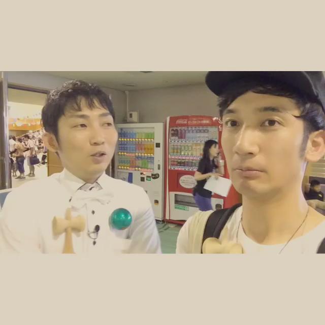 あと、現在作成中のYouTube動画にはノンスタイルの石田さんも特別出演!(チラッとですが。。)  そして丈一郎君ファンの方、丈一郎君と僕と違いすぎて愕然とするかもですが、是非新喜劇見に来てくださいませ!新喜劇にもハマるかもですよ! http://t.co/4u8AB9ANNG