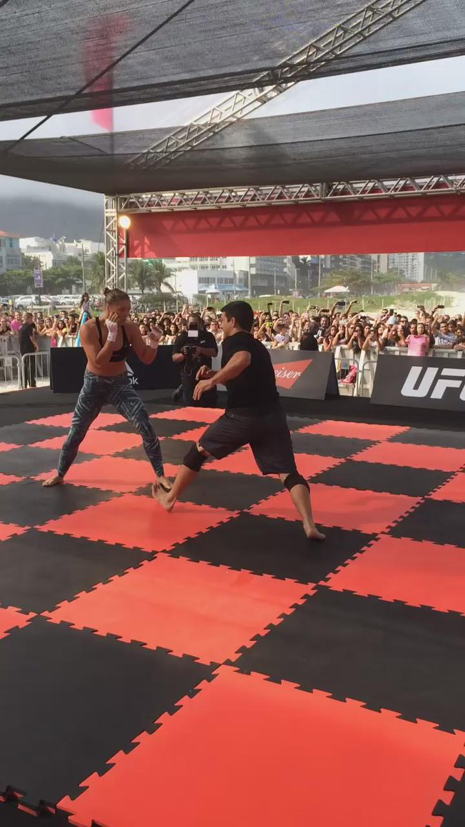 C'mon! Who wants to train with @RondaRousey ?  #UFC190 http://t.co/IZYcQfw7gK