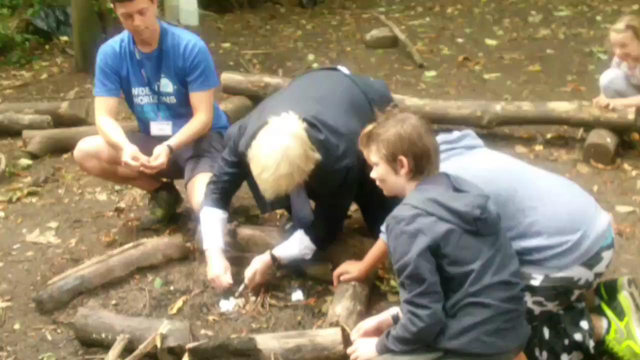 RT @LDN_pressoffice: .@MayorofLondon joins bright sparks from @Widehorizons_uk to light campfire @TeamLDN http://t.co/76JpkMVPqF