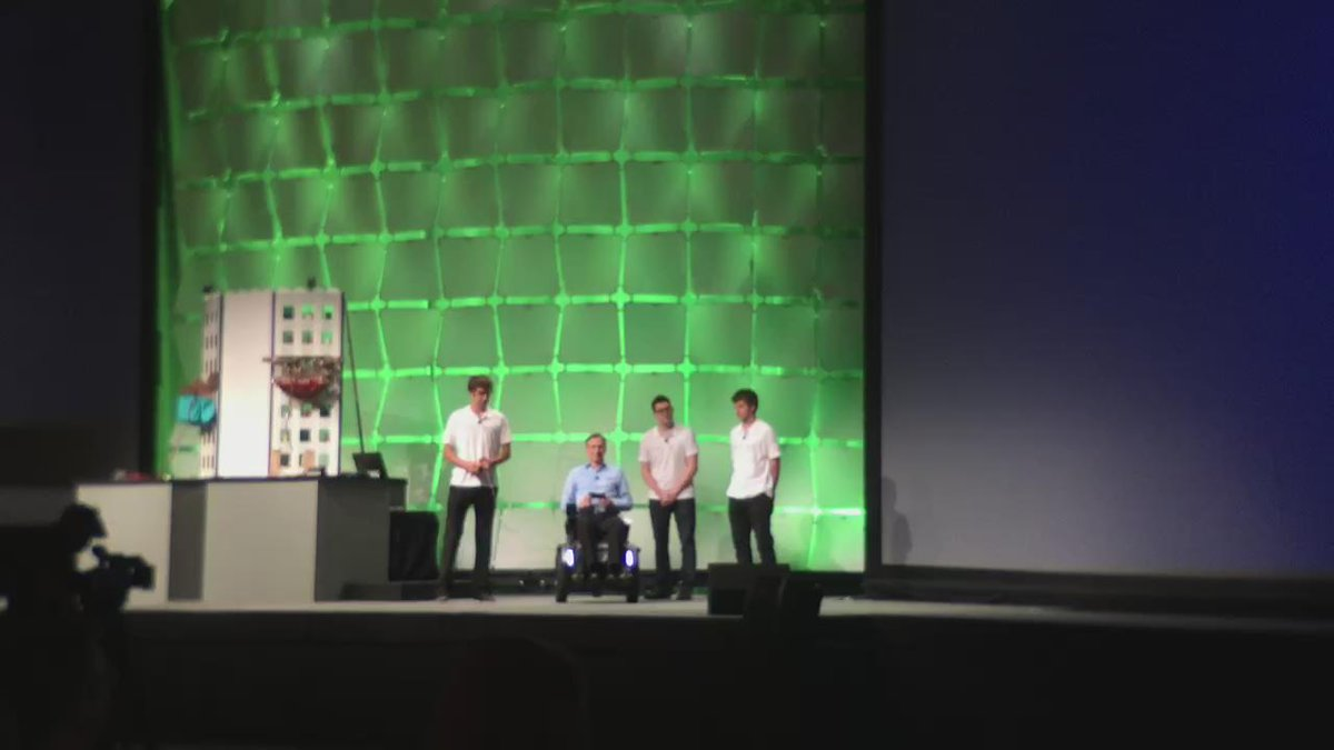 Stair climbing wheelchair at #niweek http://t.co/056BryyFTu