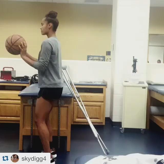 Repost via @SkyDigg4. We ❤️ this! http://t.co/nOYHPkzCpw
