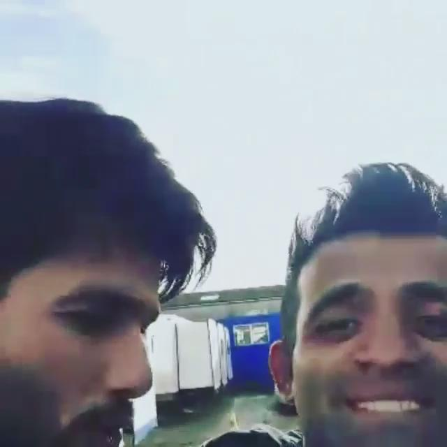 Behind the scenes with @shahidkapoor #Shaandaar #ShaandaarTrailerTomorrow  #Lippimusic http://t.co/1HjKejzYkd