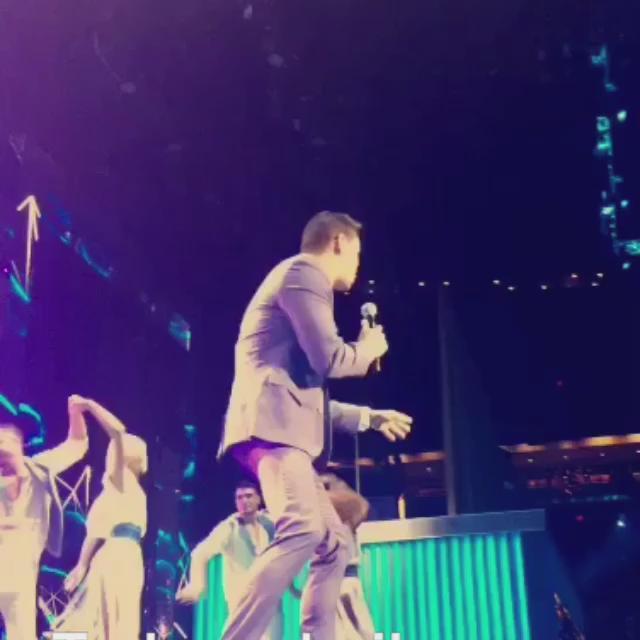 Todos a bailar con @VictorManuelle 💃🏻💃🏻💃🏻 #PremiosTuMundo