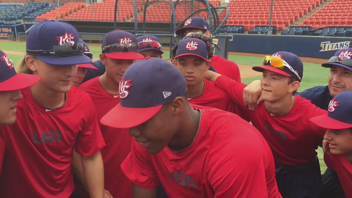 William Benson gives the team a few lines from his new USA mixtape http://t.co/48ctRIlaVW