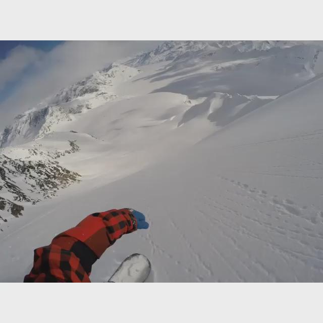 Epic @GoPro clip of @TimJumphreys in Heaven or Alaska http://t.co/qU0DU2zzER #FlowSnowboarding http://t.co/Ubf6kDvi1p