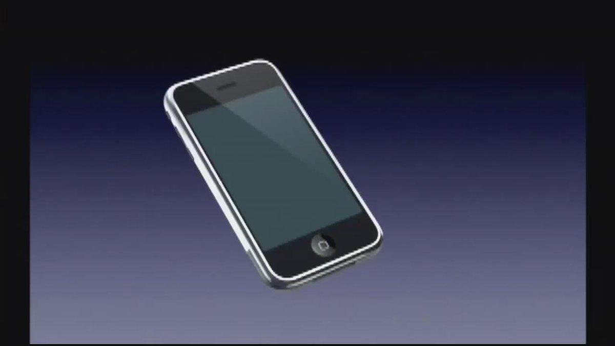 """#AppleEvent: ¿se acuerdan cuando Steve Jobs dijo que odiaba los stylus? """"Who wants a stylus?"""" (en el 2007) #iPadPro http://t.co/GzD20kA9qY"""