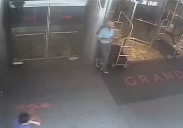 NYPD releases video of James Blake being arrested. http://t.co/OD4HQINlJy