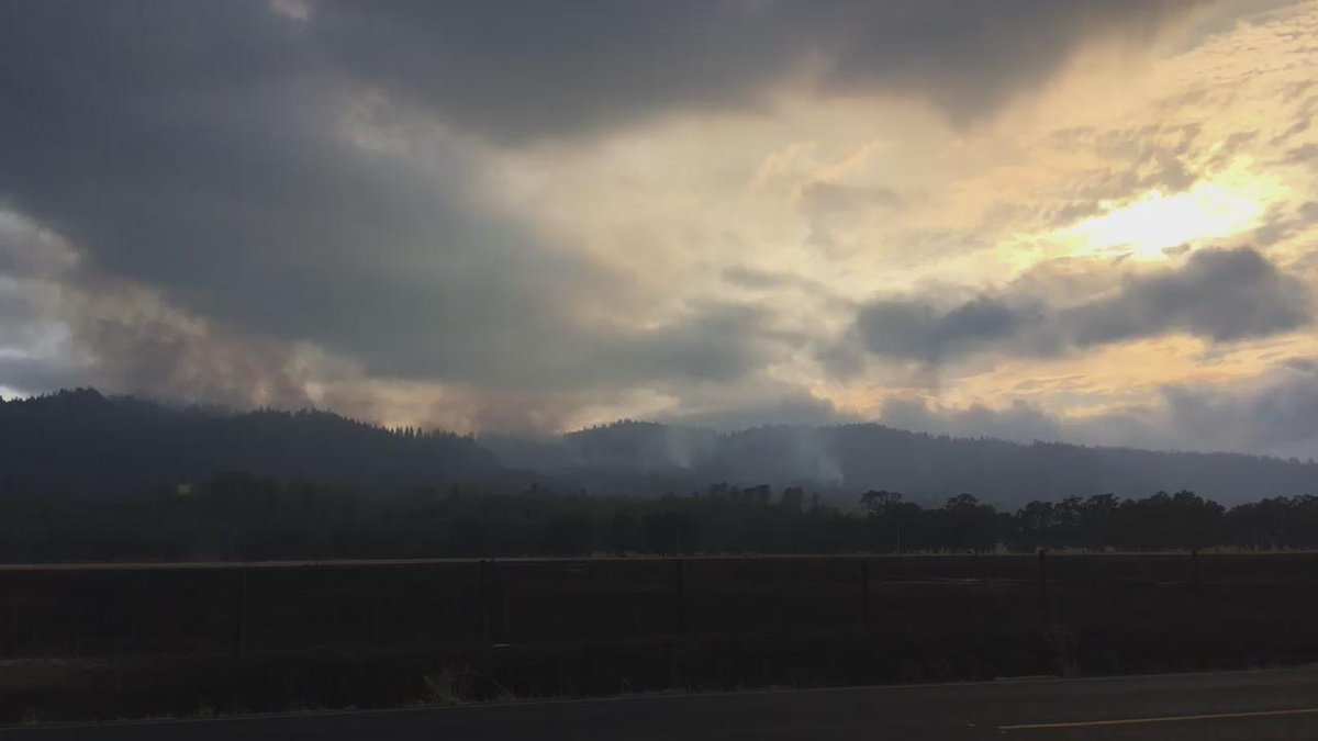 Firefighters race to contain Calif. wildfire before hot weather returns
