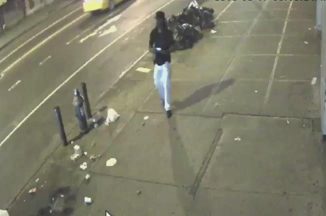 "WANTED: M/20's 5'8"" 180lbs for rape of F/25 near Park Ave & E 125 St. #EastHarlem on 9/17. Call #800577TIPS. @NYPDSVU"