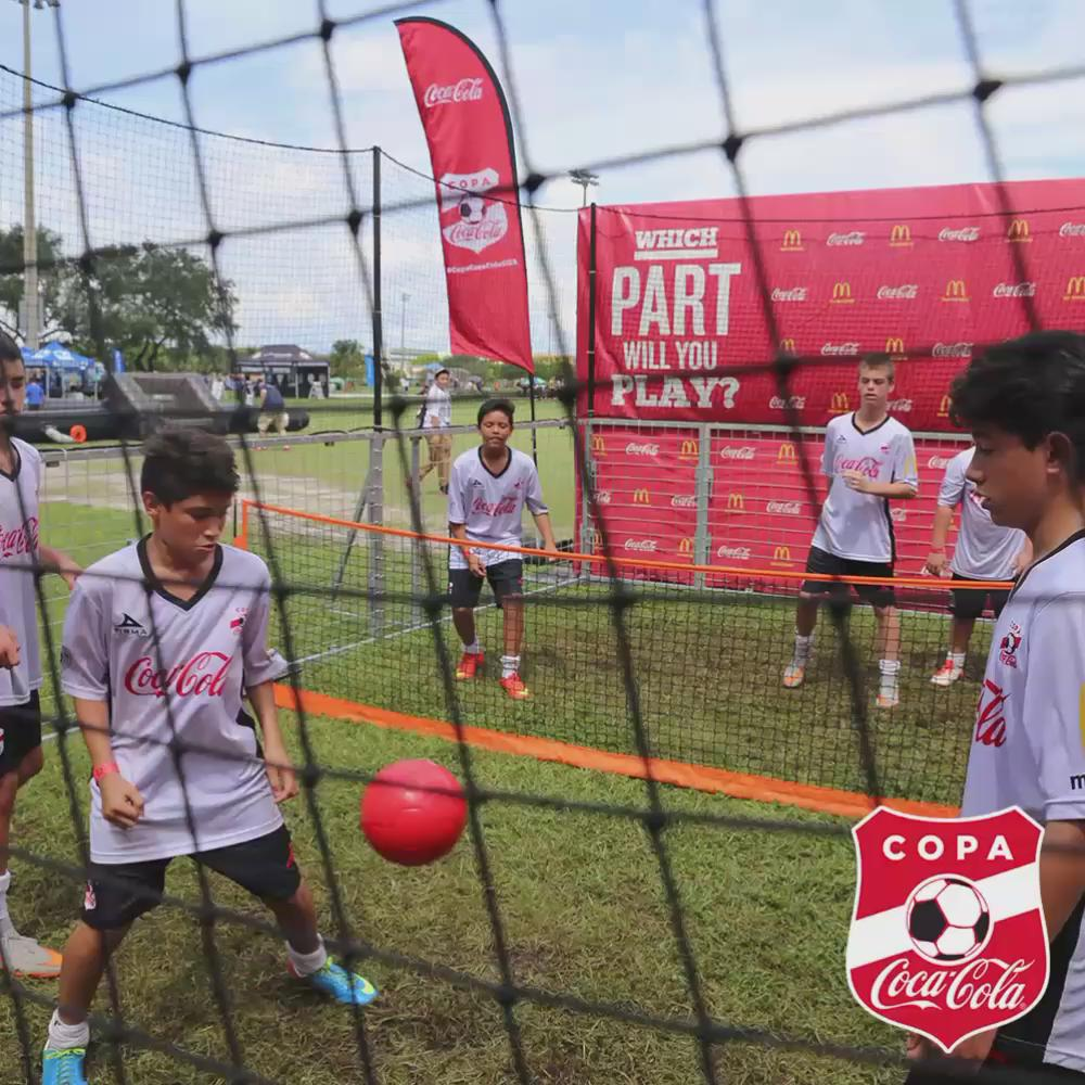 Time flies as fast as the ball ⚽️ when you're having fun!!!! 🎉 #CopaCocaColaUSA http://t.co/4DgMXS9DYV