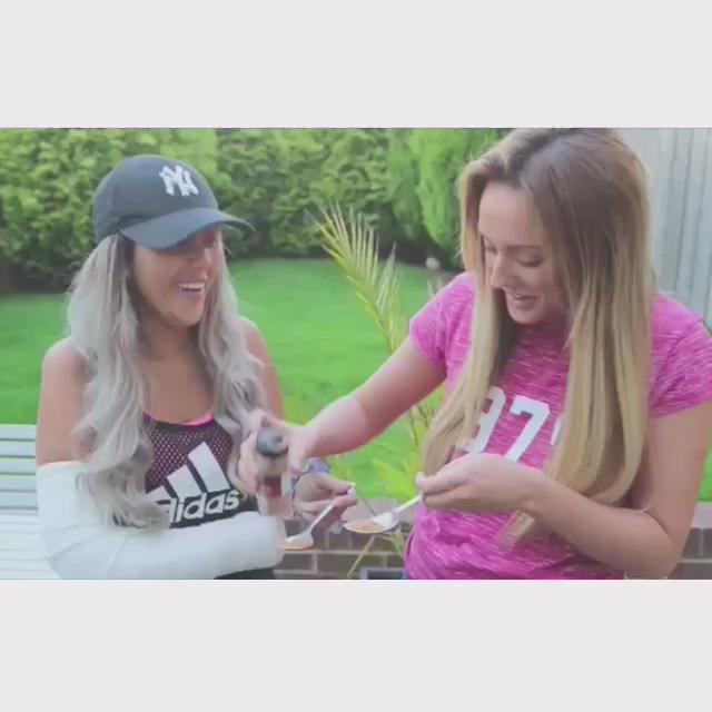 NEW VIDEO ALERT @sophiekasaei_ still laughing so hard😂 check it out on my YouTube channel 👉🏼 https://t.co/7aWZfhDcMS http://t.co/chwcjGg0TI