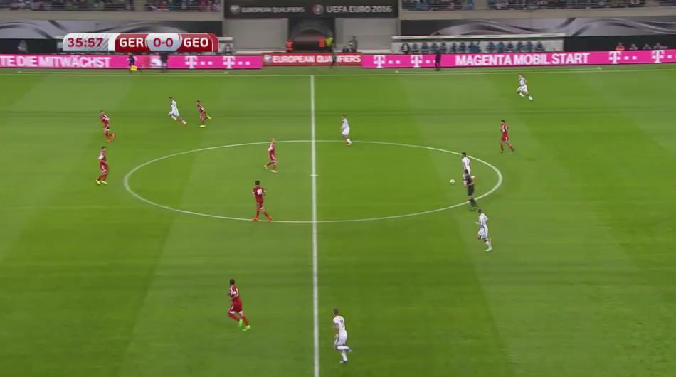 Sublime pass from @MesutOzil1088 to @woodyinho. Nearly one of the best goals of the qualifiers. http://t.co/6Ecxe9ZJ2H