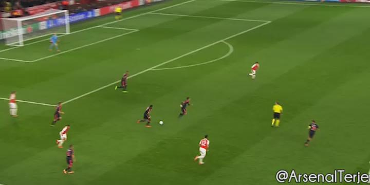 No player has a right to do that after 90mins. Bellerin's legs aren't even attached to his body https://t.co/GHHYSH8hAe