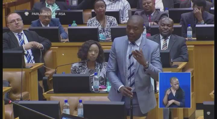 Blade & Zuma can't say they were not told #Feesmustfall https://t.co/f1P2bl5W2l