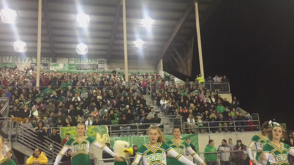Tumwater vs Black Hills feeling like FridayNightLights in Texas! What a crowd n what an atmosphere! #k5preps https://t.co/cUajjCTg5I
